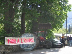 Blockade near Luchon, 1 May 2006
