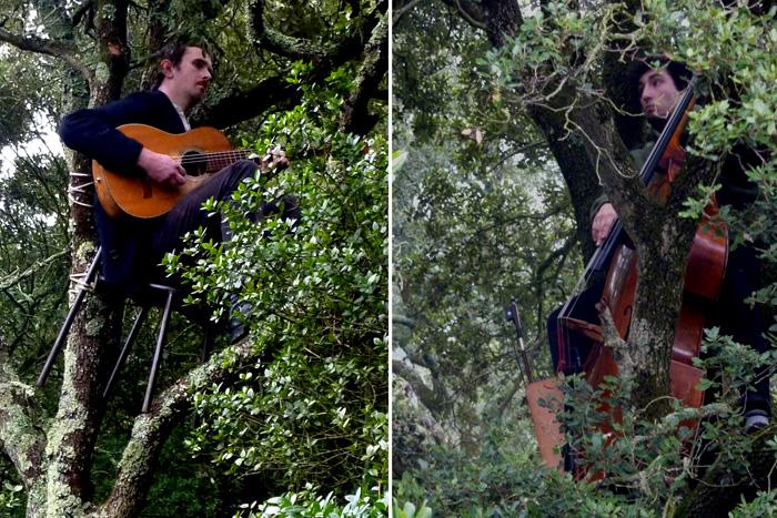 Deux musiciens branchés