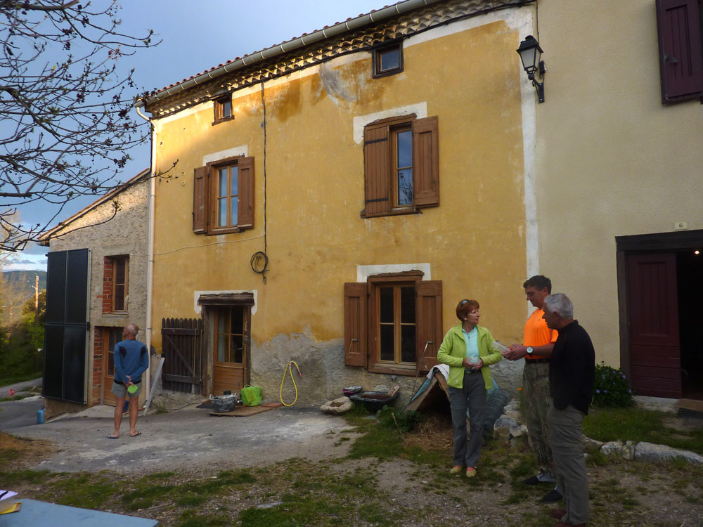 g tes d tape guest houses on the cathar trail walking the pyrenees. Black Bedroom Furniture Sets. Home Design Ideas