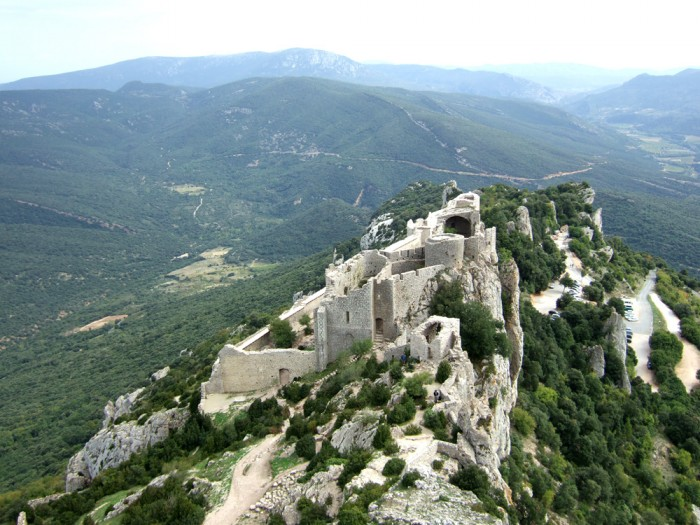 Peyrepertuse (photo: Terry Cudbird)