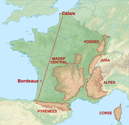 Wolves are present SE of a line joining Calais to Bordeaux. Basemap © Sémhur / Wikimedia Commons [adapted]